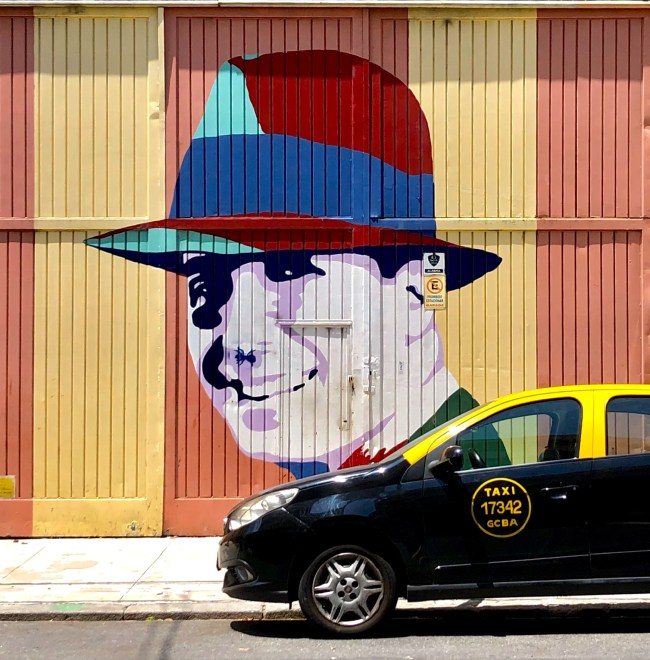 Diccionario argentino, Carlos Gardel con un grafiti en Buenos Aires