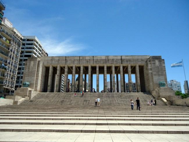 Monumento a la bandera en Rosario, Argentina - Diccionario argentino