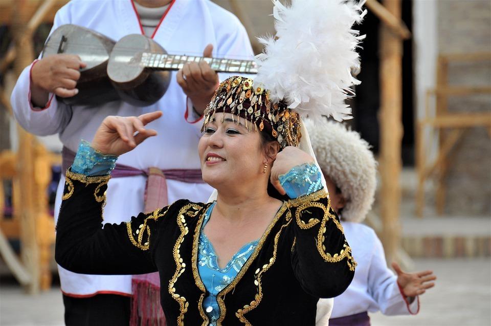 Danzas - Por qué visitar Uzbekistán