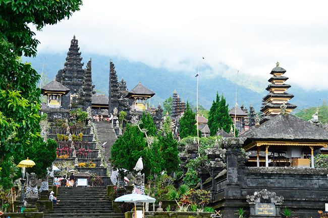 Indonesia-TemploPuraBesakih-GrandVoyage