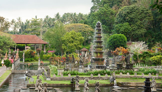 Indonesia-PalaciosFlotantes-GrandVoyage