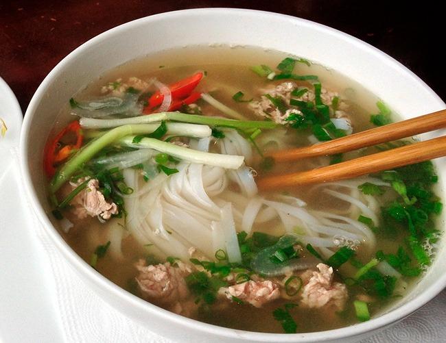 Vietnam-quecomerenVietnamPho-GrandVoyage