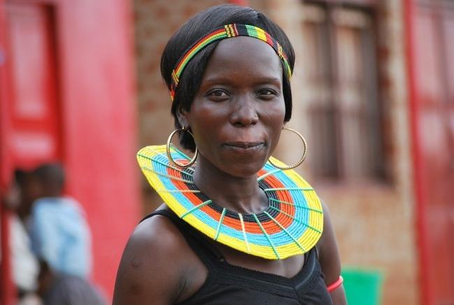 Kenia - Tanzania - mujer Masai
