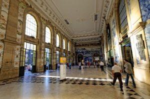 Estación de Ferrocarril Oporto