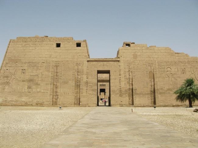 Entrada al Templo de Ramses III