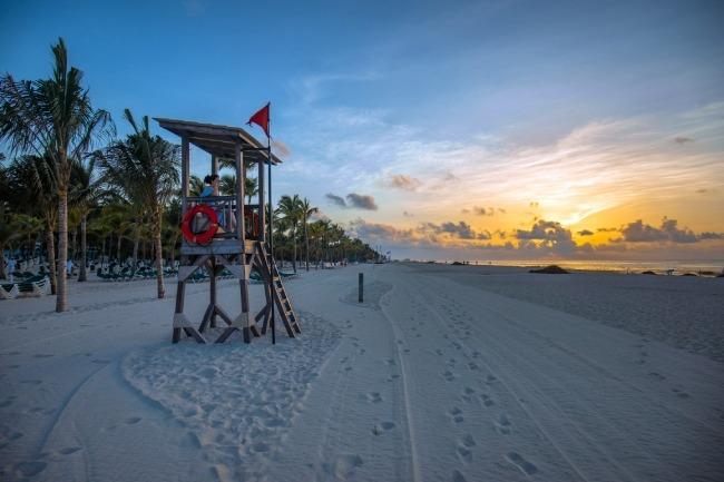 Amanecer en una playa de Playa del Carmen