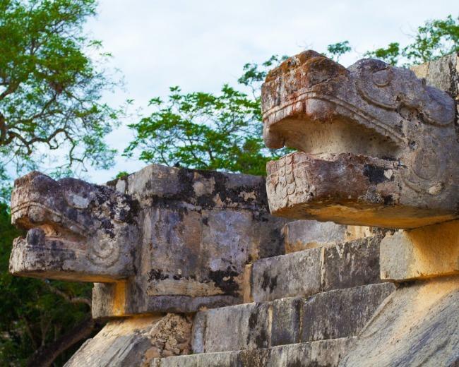 Detalles de las ruinas de Chichén Itzá