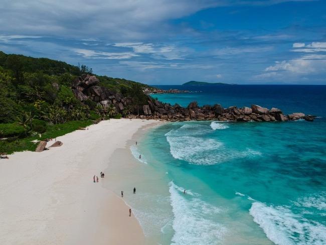 por qué viajar a Islas Seychelles - playa Anse