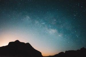 Cielo estrellado en Wadi Rum