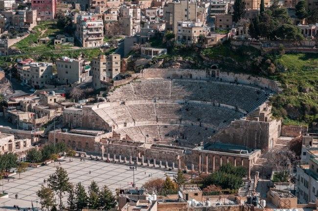 Ruinas del teatro romano - Qué ver en Jordania